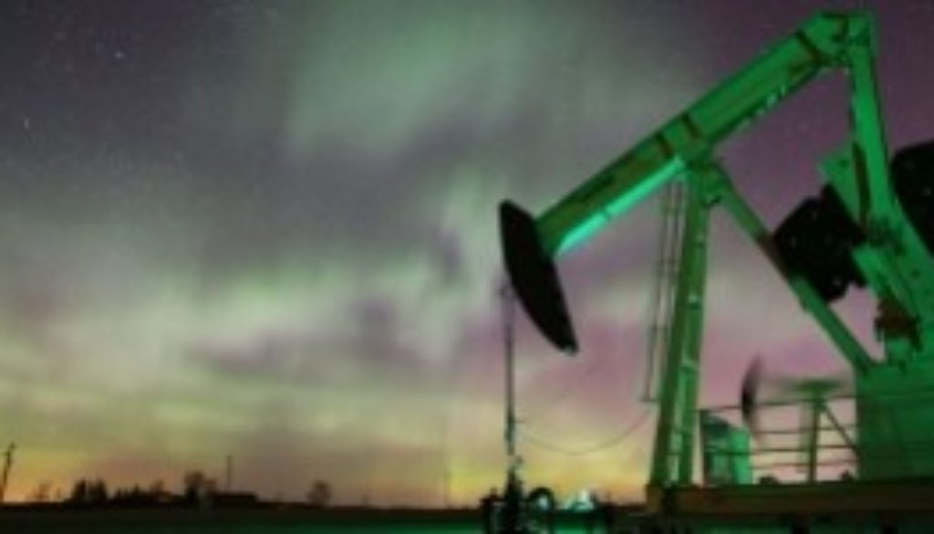 Oil closes above $68